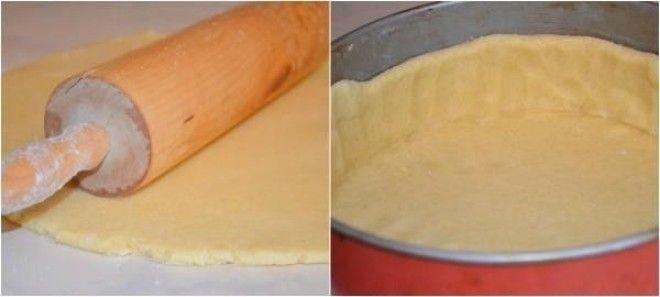 Самый вкусный пирог в мире -- банка сметаны, пара яиц и малость усилий! Пальчики оближешь!