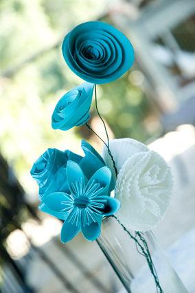 Бумажные розы своими руками