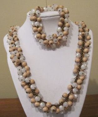 Картинки по запросу haskell necklace mother of pearl beads