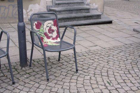 miss crossstitch. street embroidery
