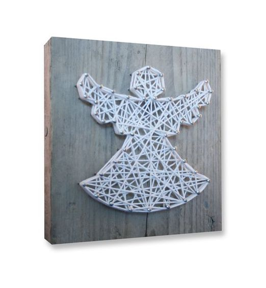String-art DIY christmas package including wood panel (20x20cm), nails, string and a pattern in shape of a star, heart, tree, angel and moose. For each box you can choose which pattern, what color string and what type of nails you like. Now available in our web shop!: