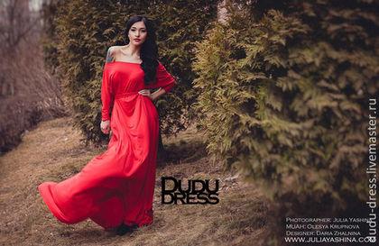 Платья ручной работы. Ярмарка Мастеров - ручная работа Красное платье в пол с рукавами летучая мышь. Handmade.